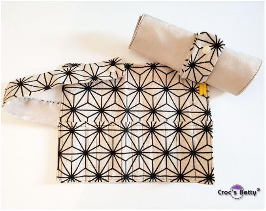 Crochet Hook Case by Fée bricoleuse