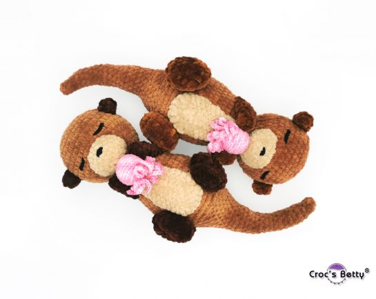 Rompiche the Sleeping Otter